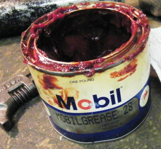 Model T Ford Forum: FRONT WHEEL BEARING GREASE
