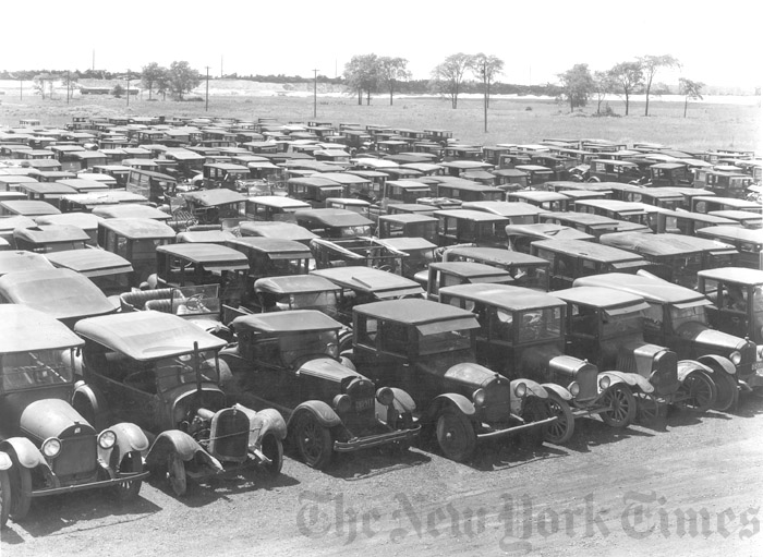 Model T Ford Forum Old Photo Cars Waiting To Be