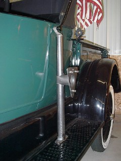 Model T Ford Forum 27 roadster pick up spare tire mount