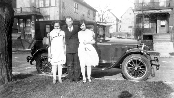 mid to late 1920's photo