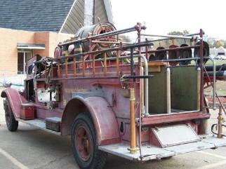 1927 American LaFrance, rear side view