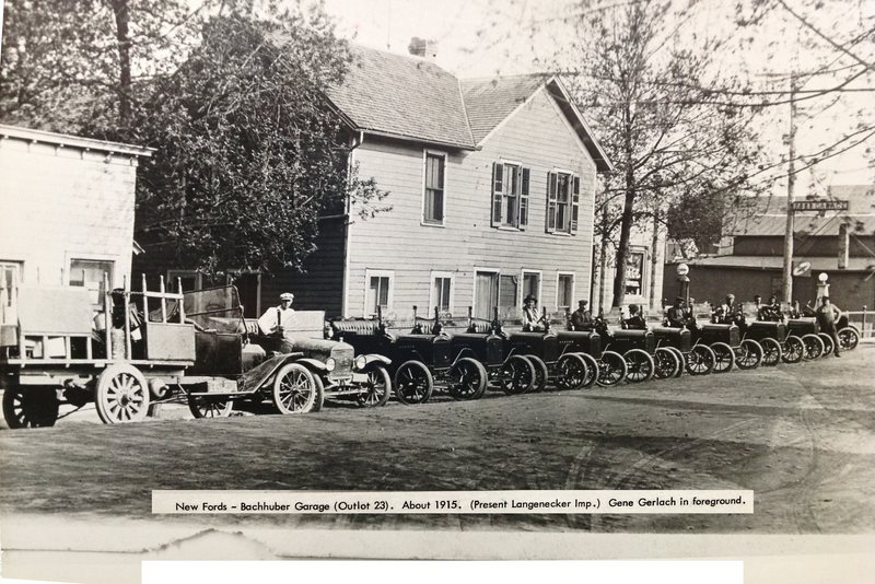 new fords (about 1915)