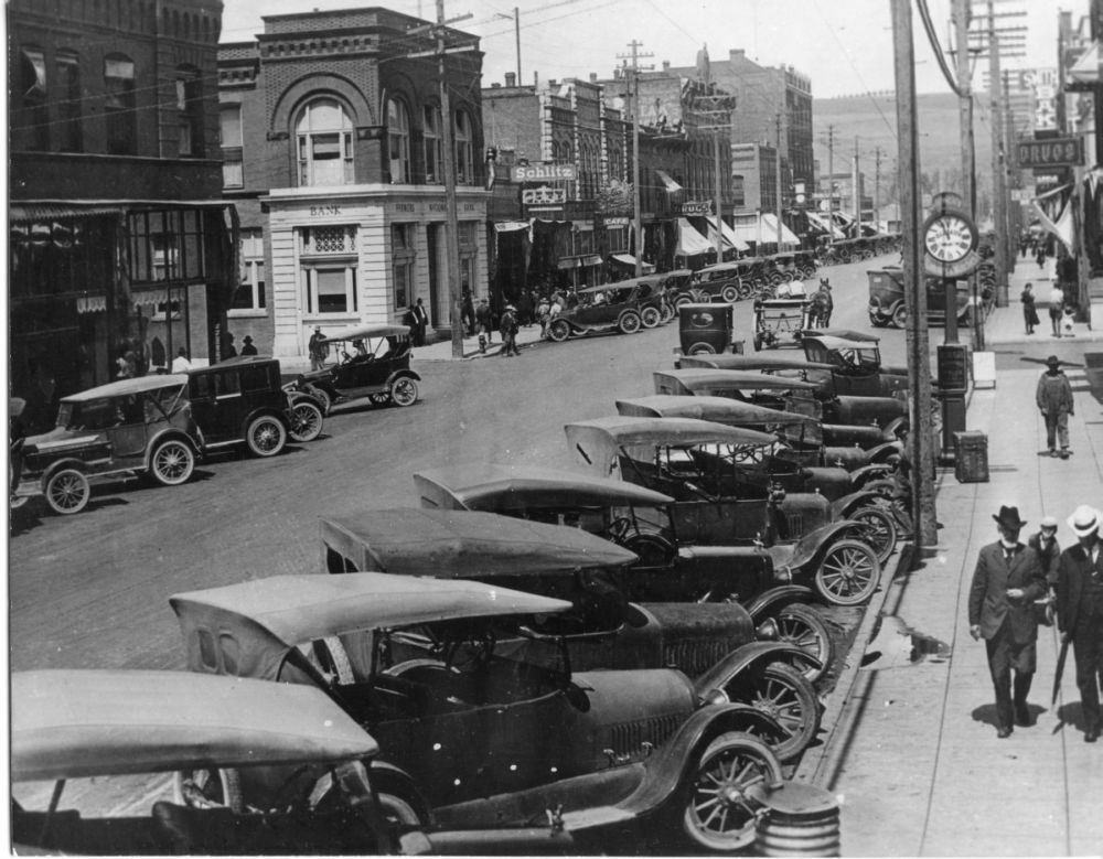 Model T Ford Forum: Old Photo - Colfax Downtown 1920\'s