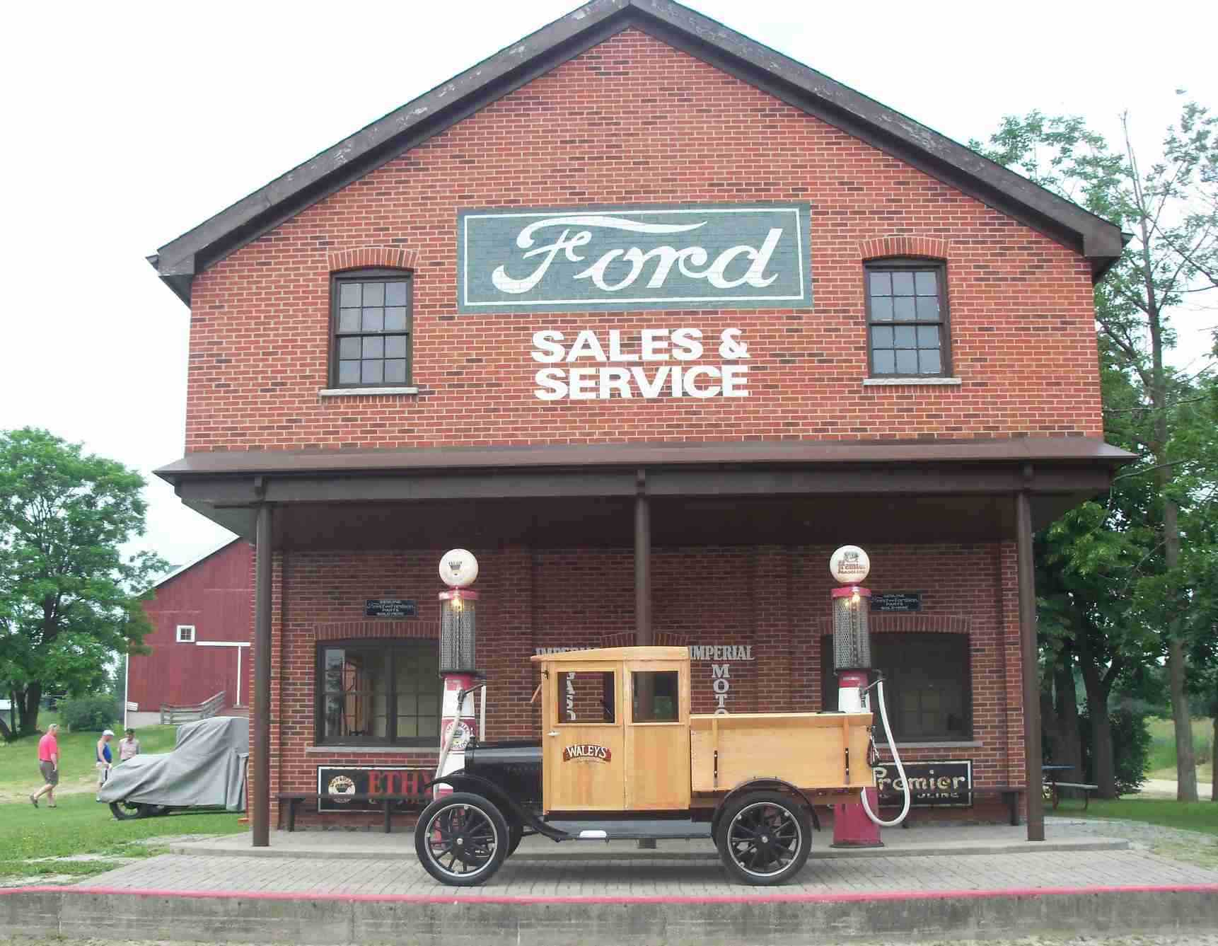 Model t ford forum fords in the park car show for Garage ford nice