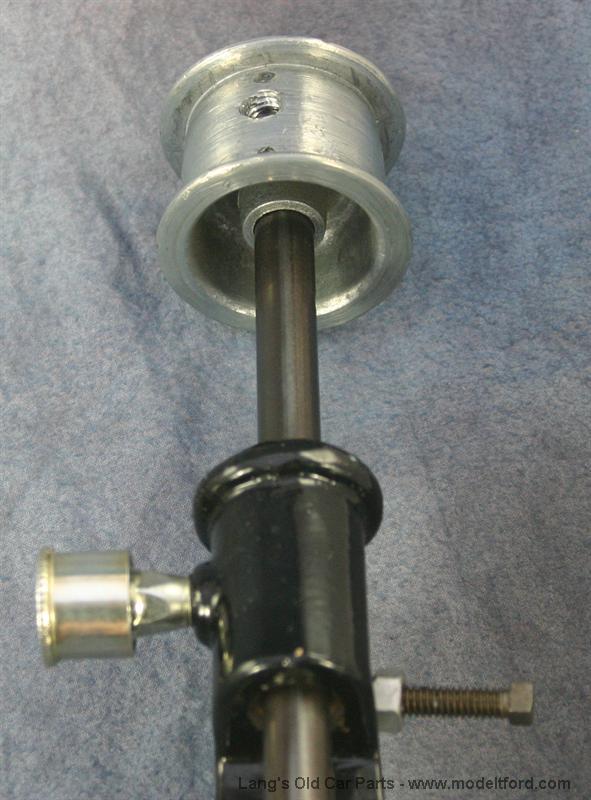Water pump bolt