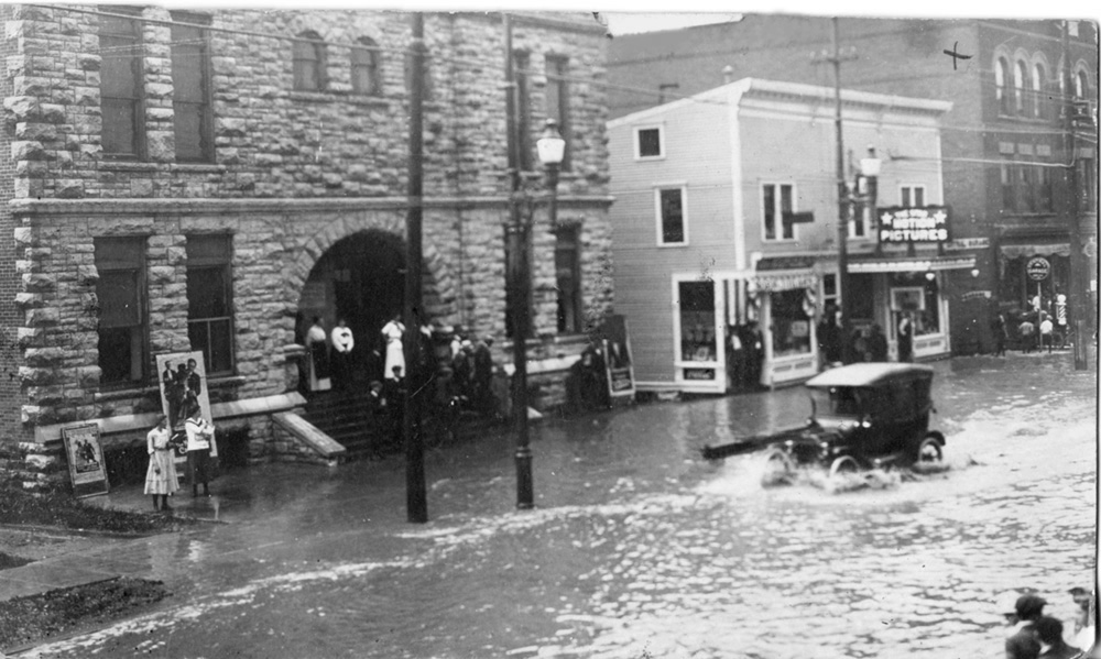 Model T Ford Forum Old Photo Downtown Massena New York Flood Of July 1917