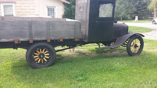 truck right