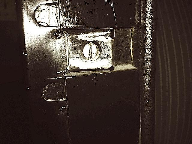 1924 T door latch catch