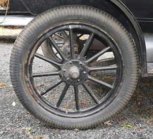 2 right wheel outside