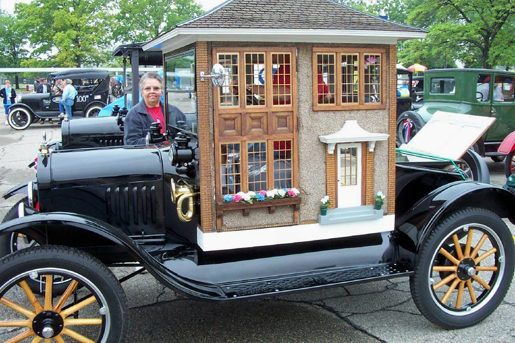 Model T Car: Model T Ford Forum: Mobile Home, Parade Car-Photo