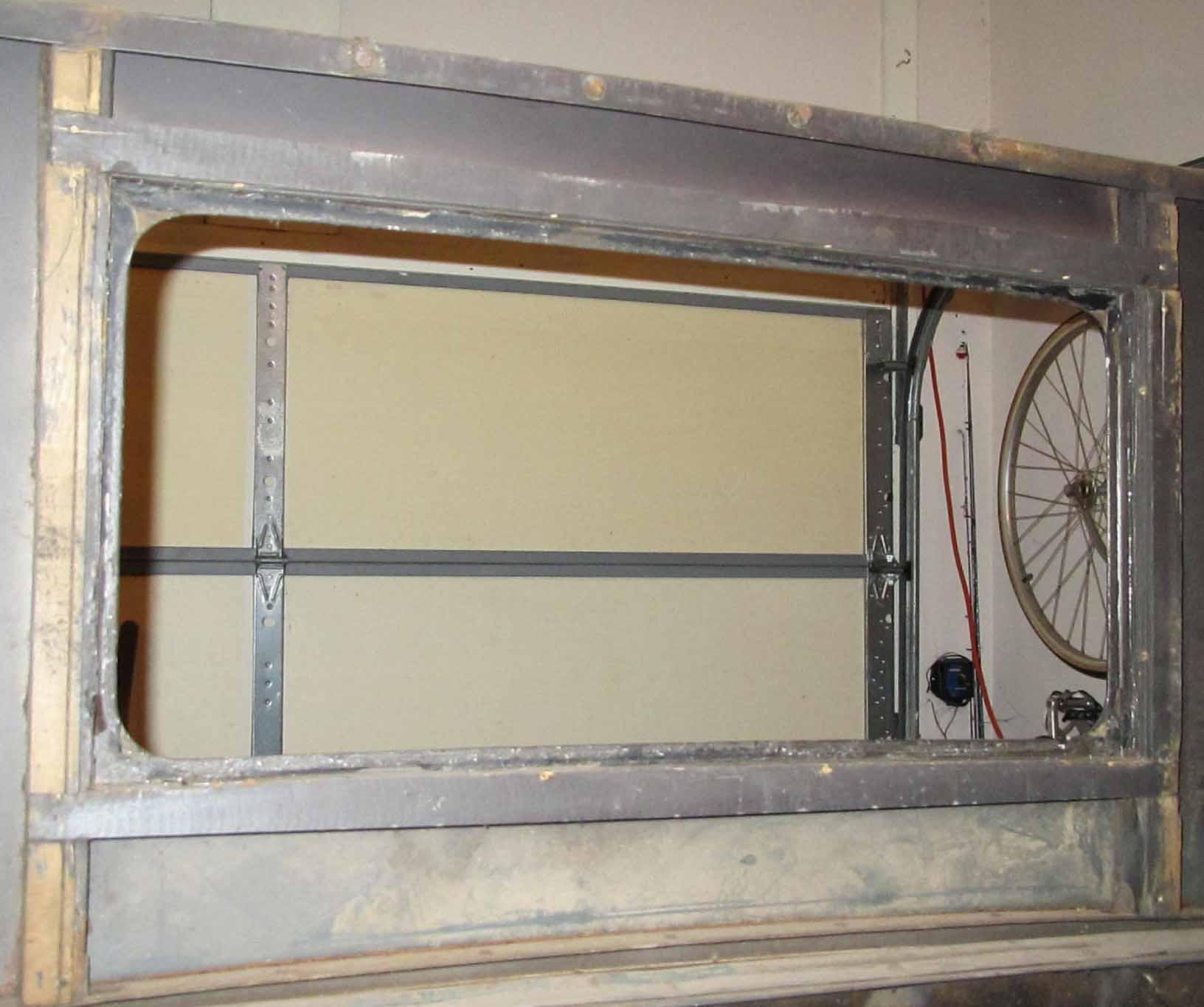 Back window frame