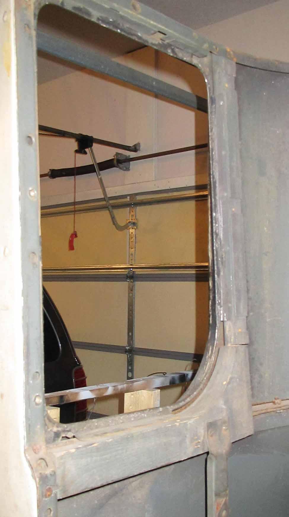Quarter panel window frame
