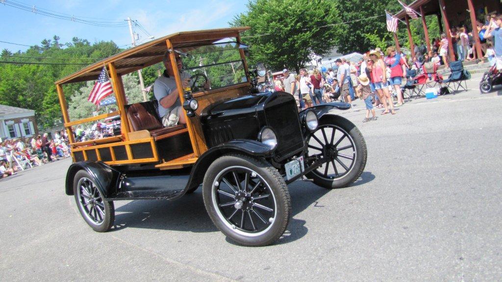 New Boston, NH 4th of July 2011 parade