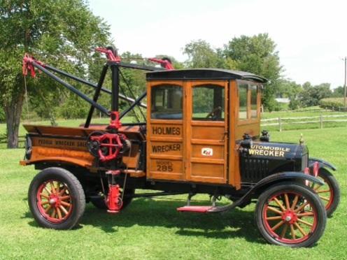 17 Model TT w/ Holmes 285 Wrecker