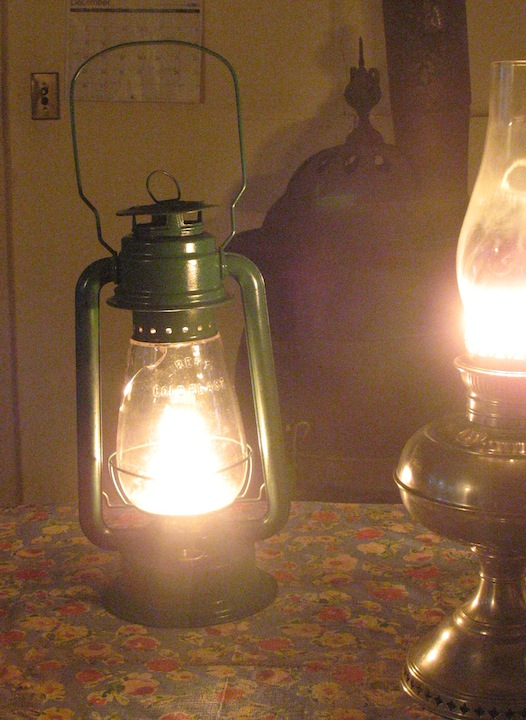 Model T Ford Forum: Kerosene Lamp Wick: Trimming