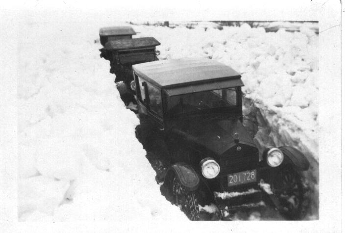 Deep Snow March 1926 FLORIDA, MA