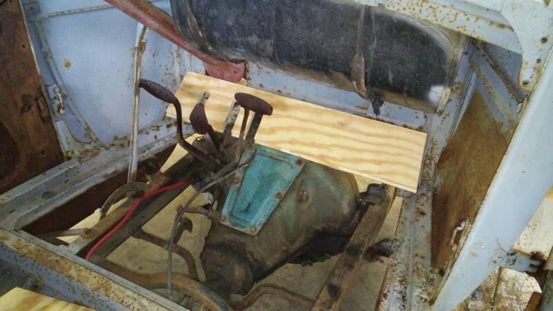 26 floorboard brackets