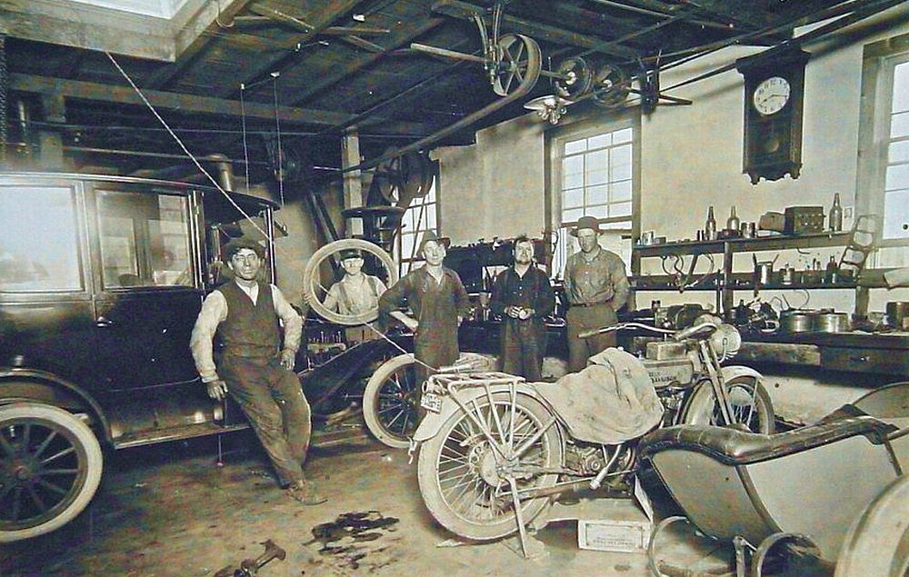 Model t ford forum model t garage work areas for Garage reparation auto a vendre