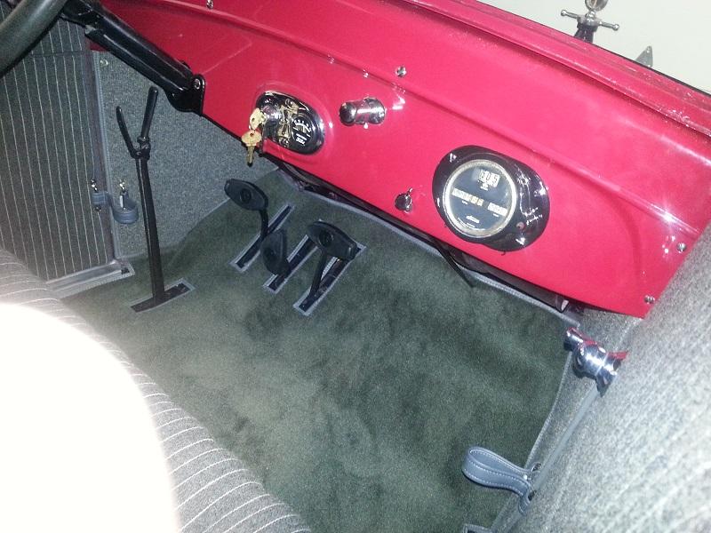 26 coupe interior2
