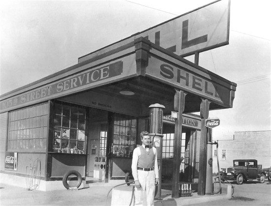 Model T Ford Forum Old Photo 1920 Shell Gas Station