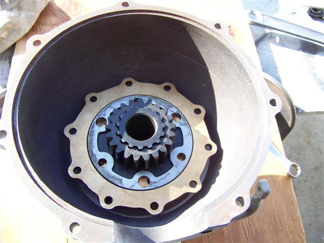 P146 sliding gear above P144 sun gear