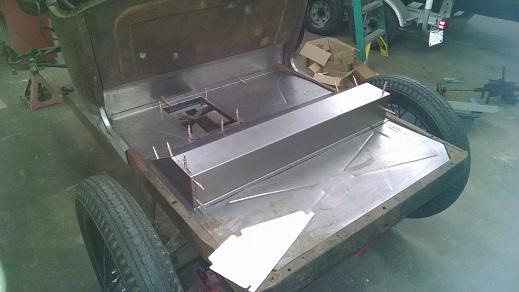 trunkfloor3