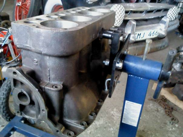 model t engine stand
