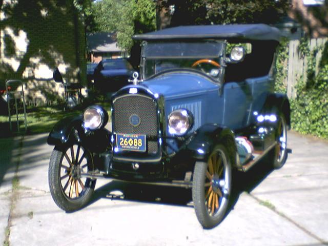 1925 Gray (in better days -- now undergoing restoration)