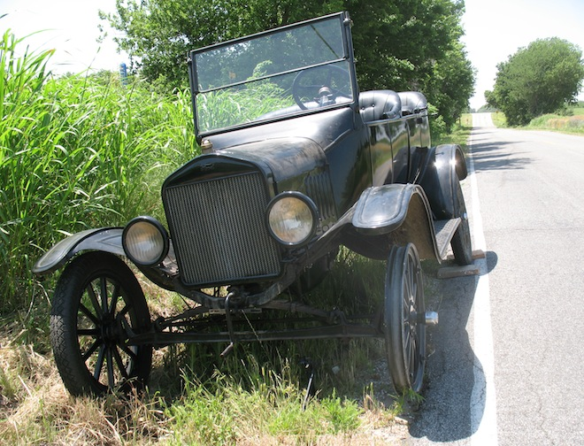 Model T Ford Forum: Do You Actually Carry/Use A Model T Jack?
