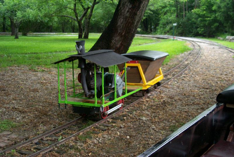 "Maytag 7 1/2"" gauge track"