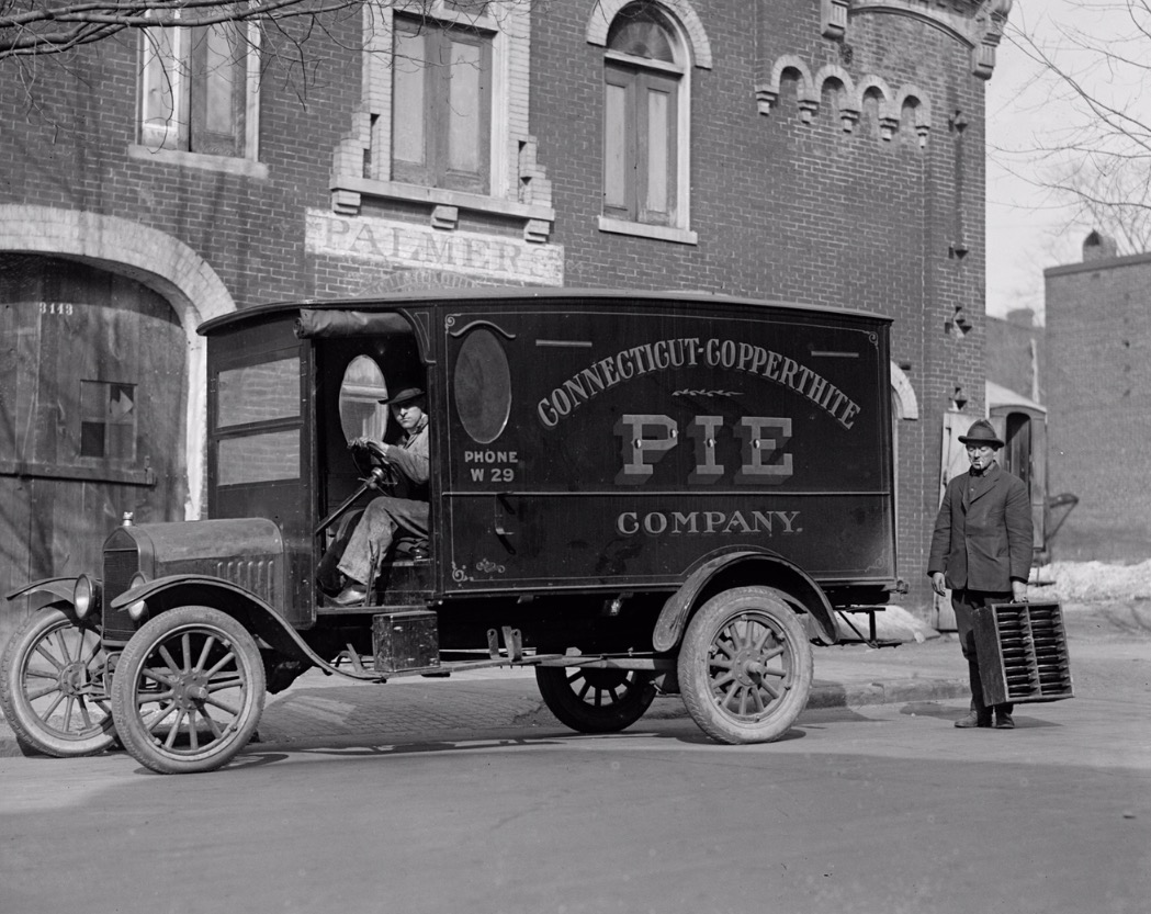 Real pie wagon 1919 but picture was taken in 1923