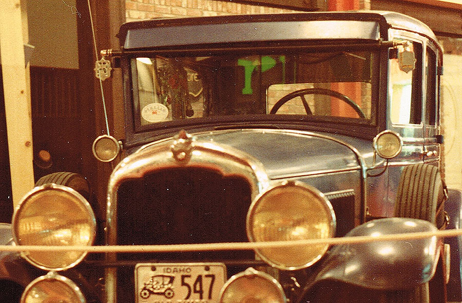 Model T Ford Forum: Cool turn signals on eBay