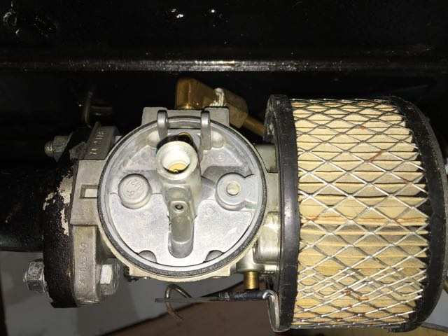 Model T Ford Forum: Can anyone recognize this carb? I need a part