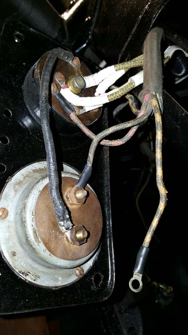 ignition switch/ammeter cluster with 'extra' wire disconnected