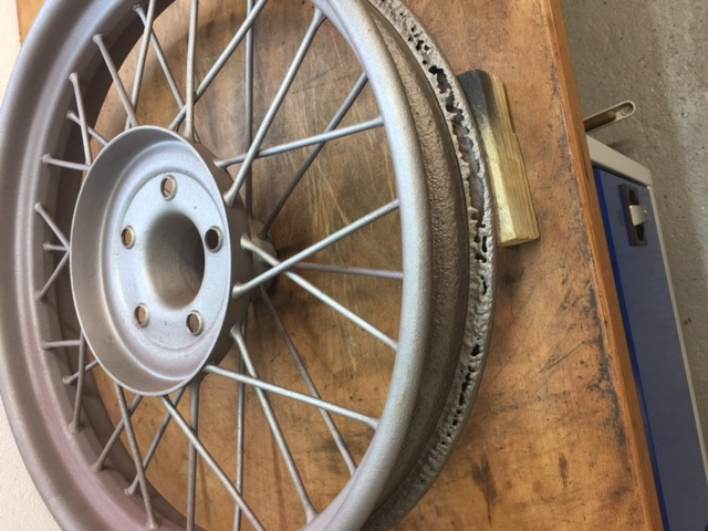 Wire Wheel with rust holes