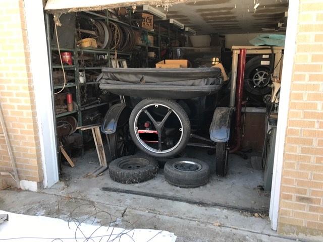 T in a garage