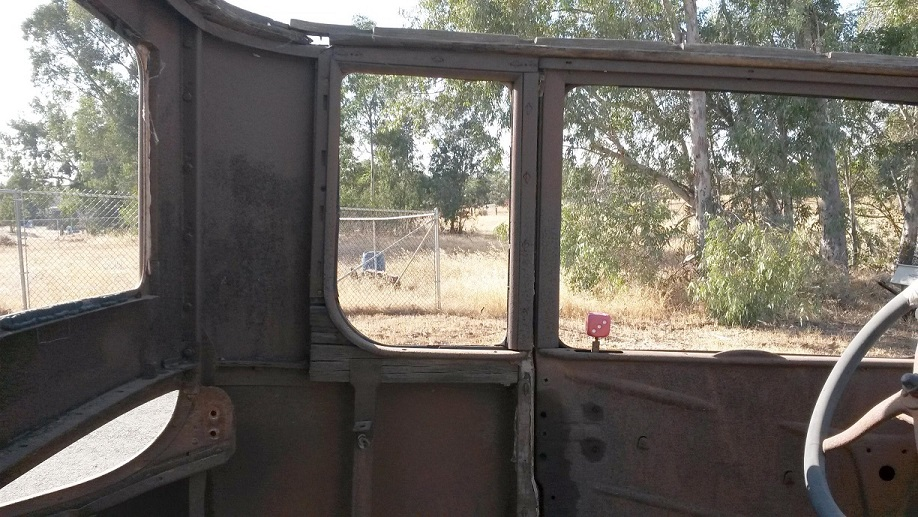 26 Coupe window area