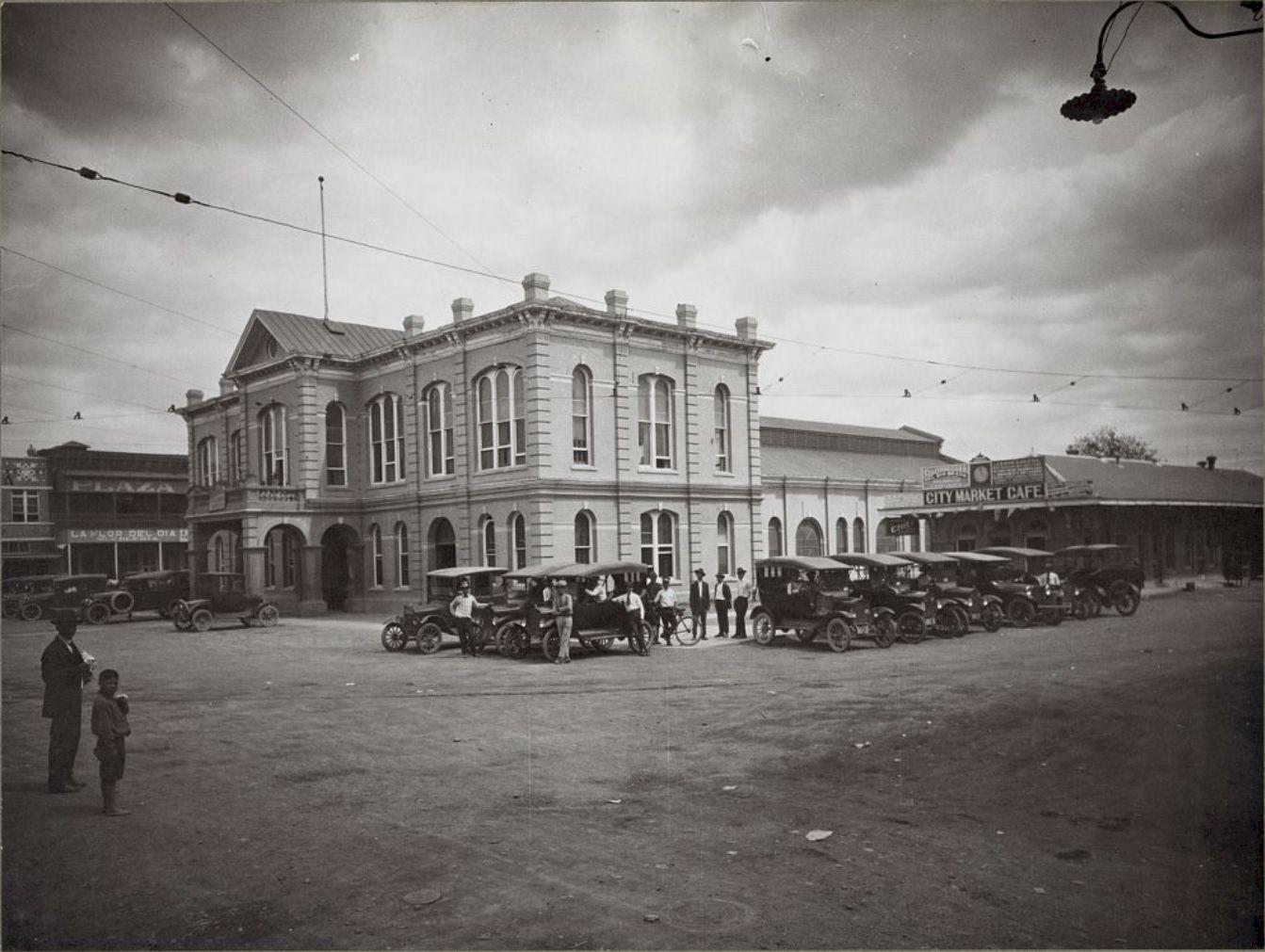 Laredo TX City Market Cafe