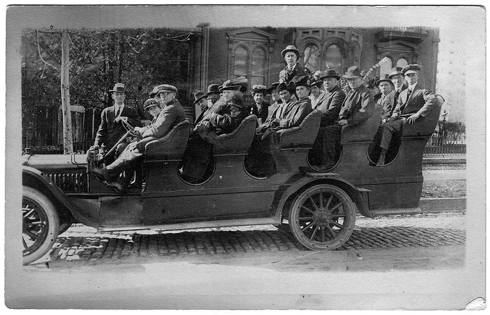 Model T Ford Forum: OT - White Bus sight-seeing Salt Lake City, UT