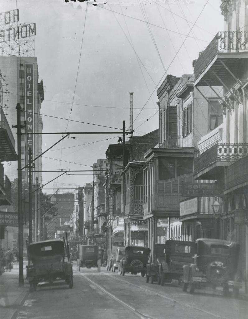 300 block Royal Street
