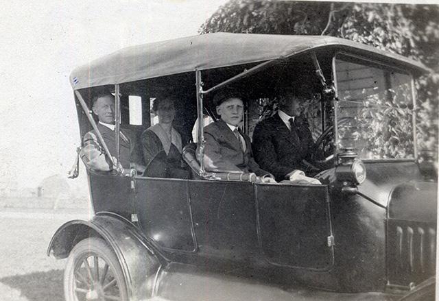 Family Flivver circa 1917-18