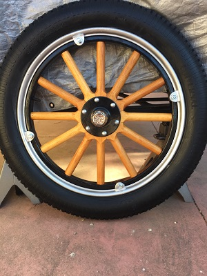 '25 T PU Roadster Wheel-respoke